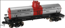 Atlas O New England Alcohol 8000 gallon tank car, 3 rail or 2 rail