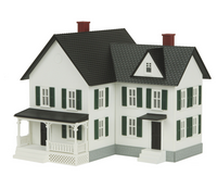 MTH O gauge Farm House White w/ black Shutters