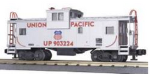 MTH Premier UP Extended vision (silver) caboose , 3 rail