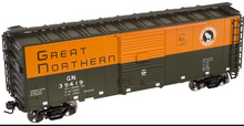 Atlas O GN (orange/green) 40' steel box car,  3 rail or 2 rail