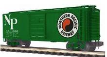 MTH Premier Northern Pacific (green) 40' Box Car, 3 rail