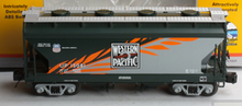 MTH Premier WP (UP heritage)  2-Bay Centerflow Covered Hopper, 3 rail