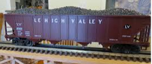 MTH Premier LV 4-bay 40' Ribbed Side Hopper Car, 3 rail