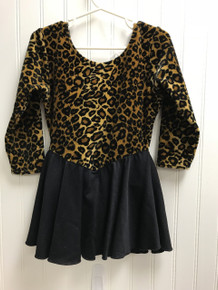 Leo/Black dress (pre-owned)