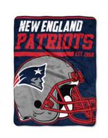 The Northwest NFL New England Patriots Micro Raschel Throw Blanket 40 Yard Dash