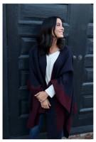 Panache Accessories Reversible Knit Cape Wrap Pockets Pashmina Shawl Navy/Maroon