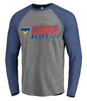 Fanatics Men's MLB Chicago Cubs Vintage Play Long Sleeve Crew Neck T-Shirt, Blue