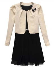 Womans Two Piece Suit Dress Cream & Black Y91920S - Large