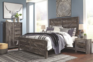 Wynnlow Gray 5 Pc. King Crossbuck Panel Bed & 2 Nightstands