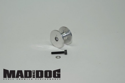 MADDOG SERVO WINCH DRUM 25 SPLINE  FITS FUTABA / SAVOX / TOWERPRO / TRAXXAS 2075   Features and Specifications:  CNC machined from 6061 aluminum with broached servo splines. Tapered drum with radiused corners keep line where it belongs. Two drilled holes allow you to secure line on inside of drum. Will hold 16ft of our 250lb test winch line (available separately). Includes M2.5 or M3 mounting hardware. Dimensions: 23mm outer diameter x 16mm length, 9mm drum diameter [0.9 x 0.63, 0.35in] Kit weight: 7.2g [0.25oz]