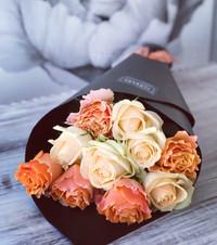 *WRAPPED ROSES Market Fresh Flowers