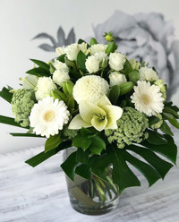 *Classic Bouquet in a vase