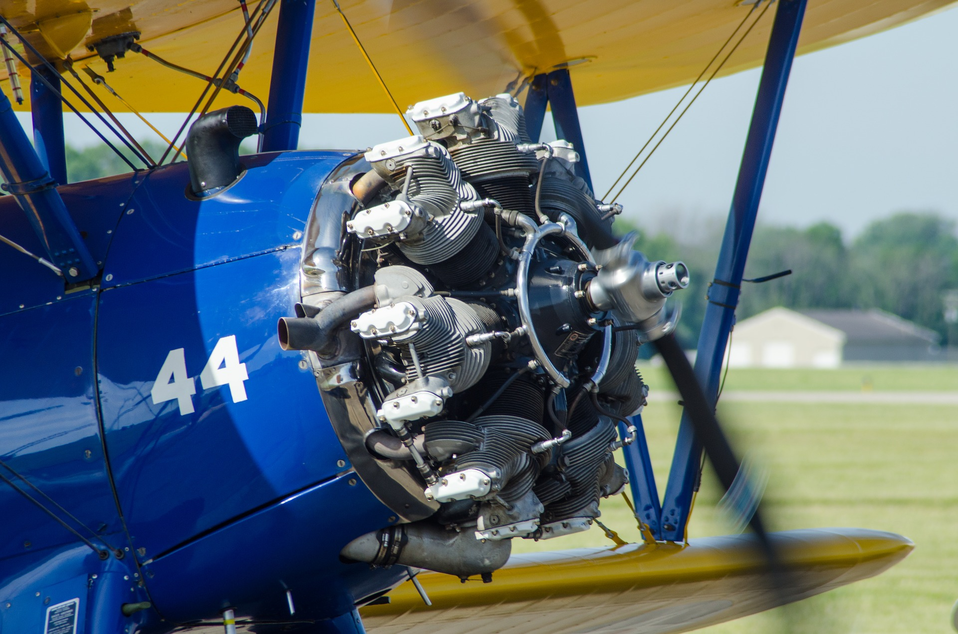 When to Prime a Piston Aircraft Engine - Aviation Oil Outlet