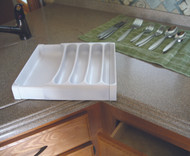 Camco Adjustable Cutlery Tray, White