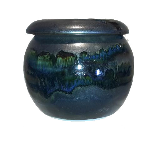 This 1 stick French Butter Keeper in BLACK GALAXY from Cascadia Stoneware is designed to keep your butter fresh as well as soft and ready to spread. Pack soft butter into top. Fill base 1/2 full with cold water so that an air tight seal is created when the top is in place.