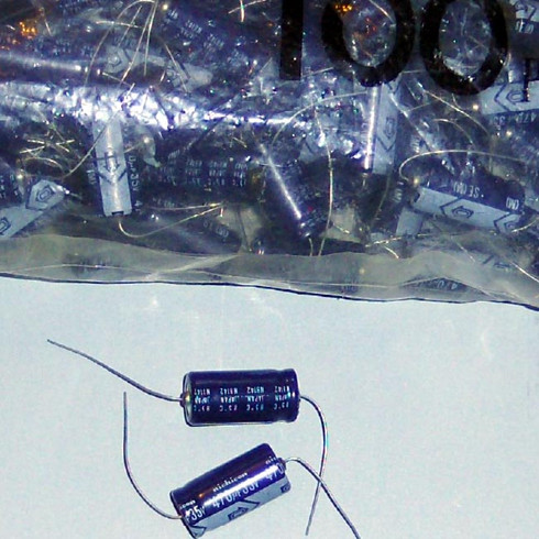 Capacitors 470uf 35v
