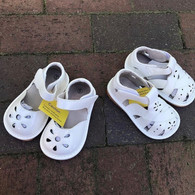 Girls White Squeaky Sandals