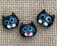 1 | Black Cat Head Glass Beads