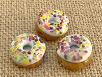 1 | Vanilla Frosted Doughnut w/ Rainbow Sprinkles Glass Bead