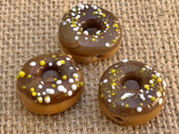 1 | Chocolate Frosted Doughnut w/ Sprinkles Glass Bead