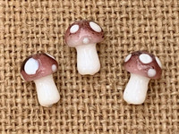 1 |  Plum Polka Dot Mushroom Bead Lampwork Glass