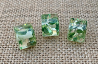 1   Speckled Resin Column Bead - Emerald Green