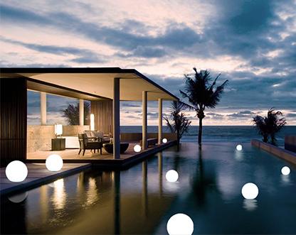 Weatherproof LED Garden Lights PE Ball IP68 Battery Powered from Singapore best online lighting shop horizon lights