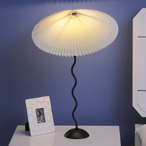Nordic LED Table Lamp Spiral Lamp Post with Umbrella Lamp Shade Cloth with Metal Support Bedroom Scene Map-001
