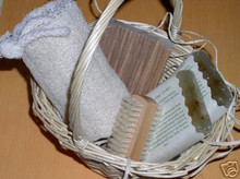 SMALL NATURAL GIFT SET BASKET Handmade Glycerin Soap Bars Set Wooden Dish Nail Brush Loofah On Rope
