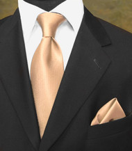 Luciano Ferretti 100% Woven Silk Necktie with Pocket Square - Peach