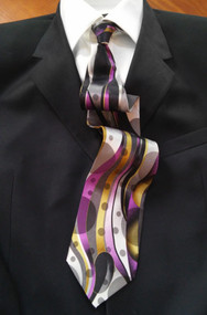 Fabio Fazio 100% Silk Tie - Streamer and Dot Design
