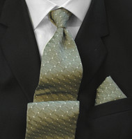 Antonio Ricci 100% Silk Woven Tie - Light Olive Chain Pattern