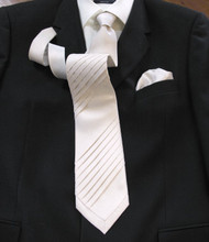 Outlet Center: Pantani Front Pleated 100% Woven Silk Tie - Ivory