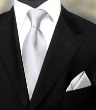 Outlet Center: Luciano Ferretti 100% Woven Silk Necktie with Pocket Square - Silver