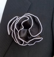 Antonio Ricci 2-in-1 Pouf Pocket Square - Silver on Black