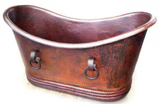 Copper tub with rings