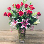 Stargazing showcases roses and stargazer lilies in Washington DC, Palace Florists