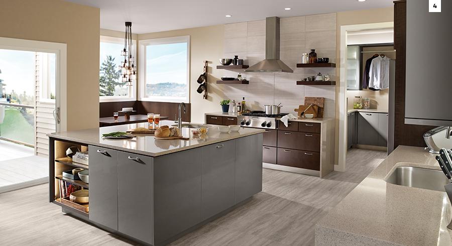 Wide Kitchen Walkways