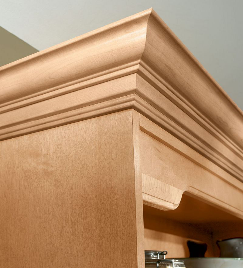 Kitchen Cabinet Crown Molding Installation: Classic Crown Molding In Natural Maple