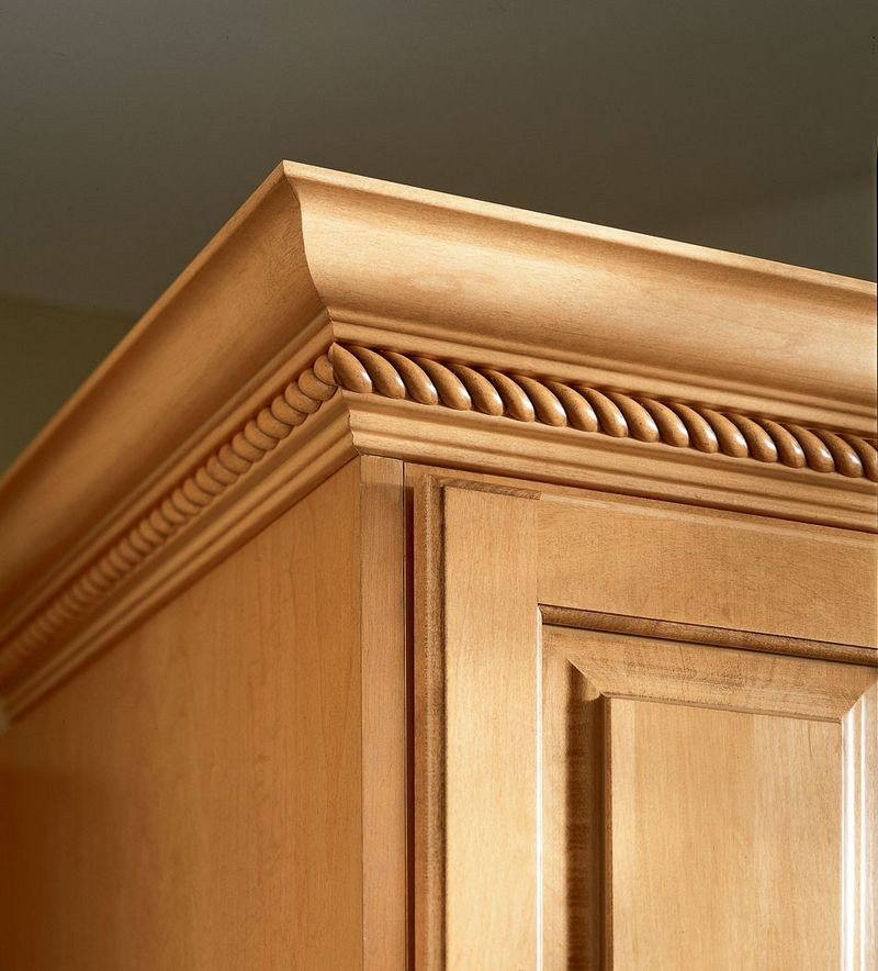 Kraftmaid Insert For Classic Crown Molding Kitchen Cabinet: Classic Crown With Rope Insert
