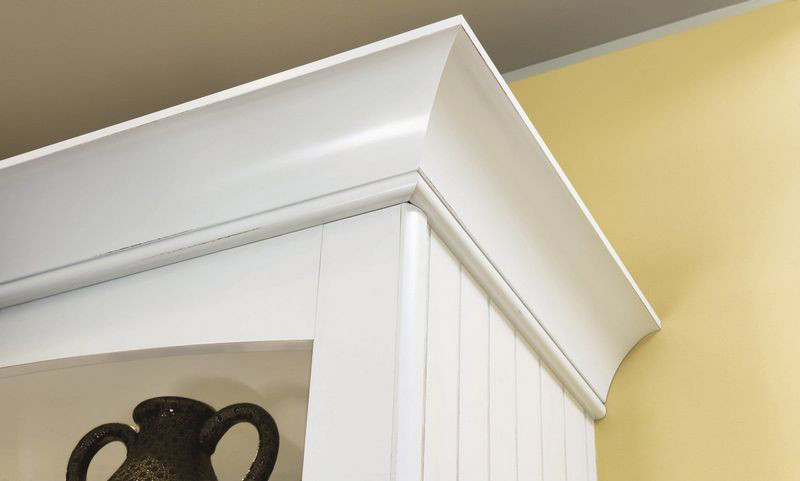 Extra Large Cove Molding - KraftMaid on kitchen pass, kitchen lighting, kitchen burns, kitchen corner, kitchen industrial floor to ceiling cabinet, kitchen peninsula, kitchen glenwood, kitchen nook, kitchen granite, kitchen porter, kitchen with vaulted ceiling white cabinets, kitchen cabinets portland maine,