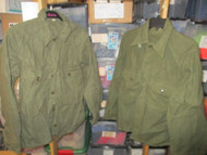 SET OF 2 USED-KOREAN ERA-SHIRT,FIELD, WOOL/NYLON-OLIVE GREEN SIZE MEDIUM [W1001]