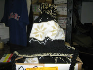 NHL PITTSBURGH PENGUINS GYLE KNIT HAT CAP WITH TASSELS BLACK WHITE AND GOLD