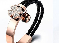 LUXE ETERNITY LEAF CLOVER (BLACK)