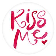 PE - KISS ME