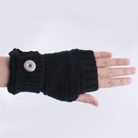 KNITTED GLOVES PAIR- BLACK (SHORT)