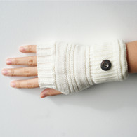 KNITTED GLOVES PAIR- PEARL (SHORT)