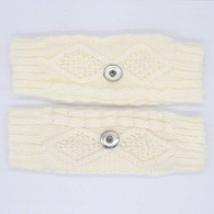 KNITTED GLOVES PAIR- CREAM