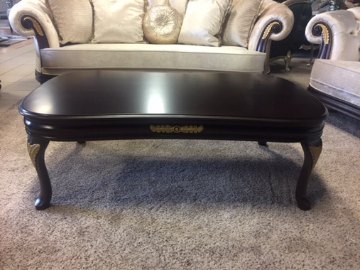 Elizabeth XL Coffee Table
