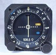 NAV-121 VOR/LOC Indicator / NAV Receiver Closeup